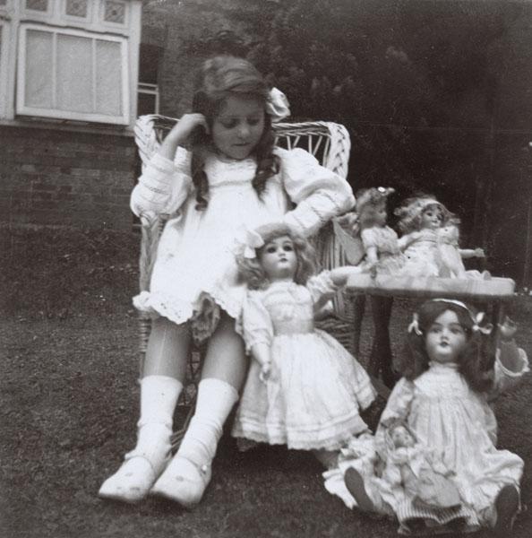 Aubrey 5 florence dolls